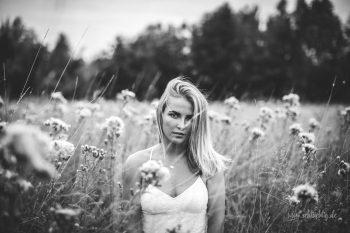 Shooting mit Emma-Lina mitten in der Naturwiese bei Hordorf